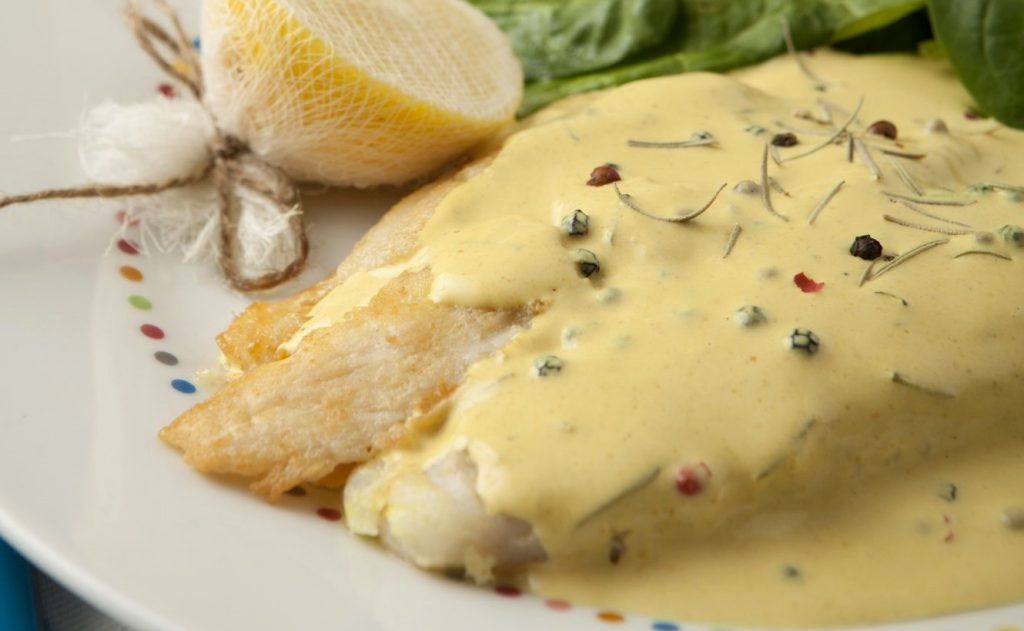 grilled-fish-mustard-sauce